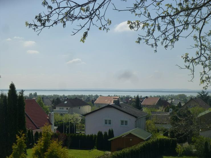 Ungarn - Einfamilienhaus mit Seeblick nähe Héviz