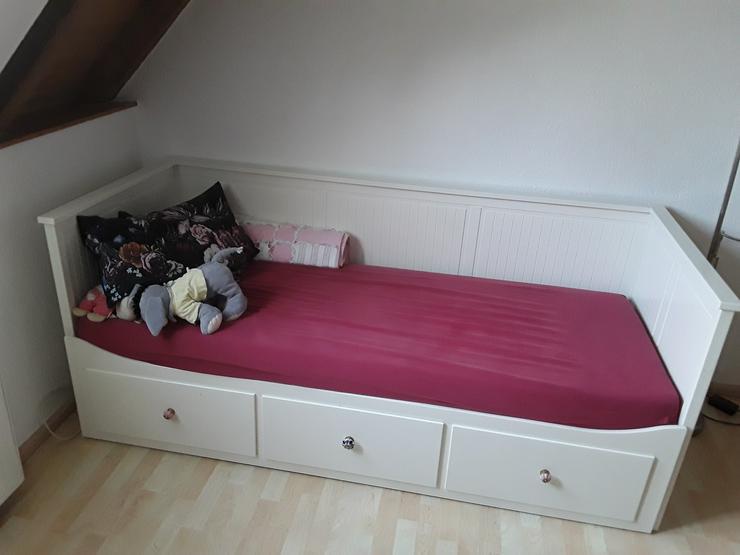 Bild 2: Bett Holz weiss ausziehbar zu verkaufen