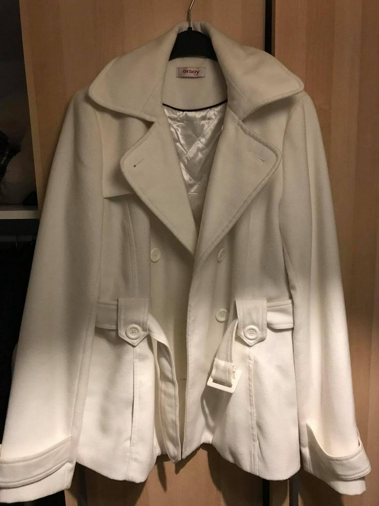 Weiße Jacke in neuwertigen Zustand