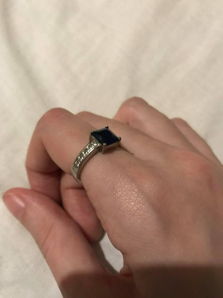 Bild 3: Silber Ring mit blauer Zirkone neuwertig