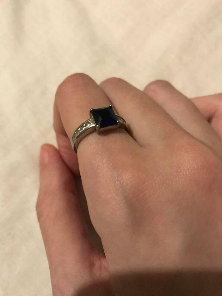 Bild 4: Silber Ring mit blauer Zirkone neuwertig