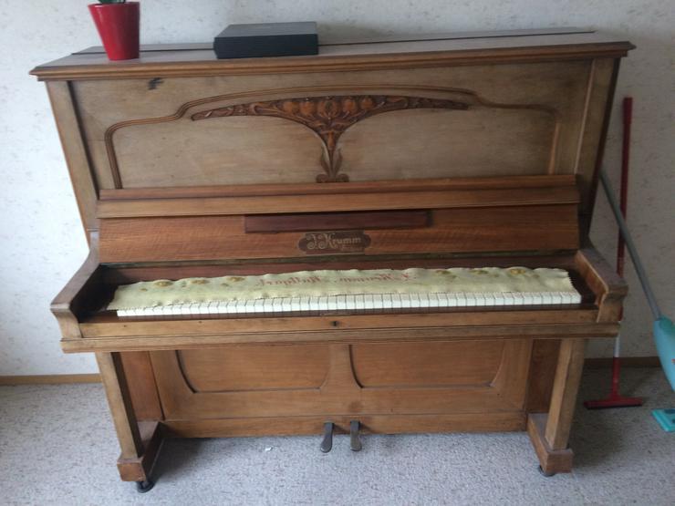 Klavier aus Holz