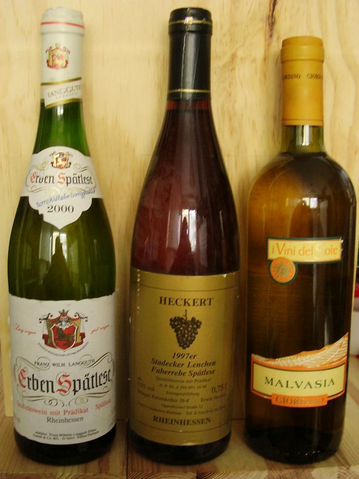 Bild 3: Verkaufe 9 Weinflaschen von 1999-2004