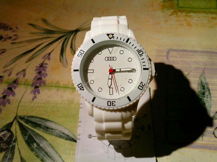 AUDI Armbanduhr Weiß - Neu / Unbenutzt