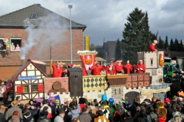 Bild 5: Karnevalswagen/Prinzenwagen, mehrfach prämiert,(30 Pers) zu vermieten