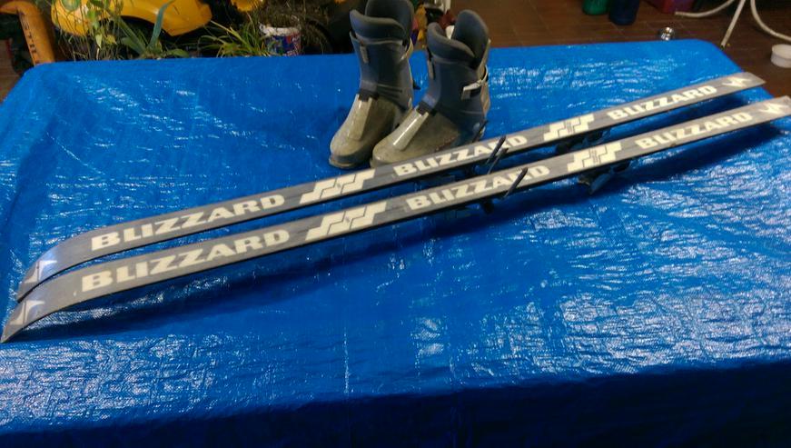 Bild 3: TOP SKI-SET > BLIZZARD° Abfahrt Skier 190cm + ALPINA° Stiefel Größe 44-46 + MARKER° Skistöcke 118cm
