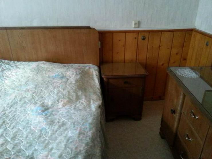 Bild 3: antikes Schlafzimmer