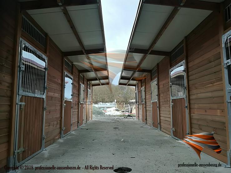 Außenboxen für Pferde, Pferdeställe, Pferdeboxen, Weidehütte mit Fressgitter, Offenstall, Unterstand