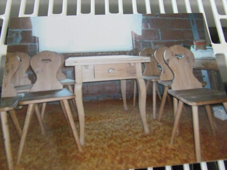 Ahornausziehtisch und 8 Stühle
