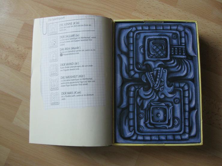 Bild 5: Lost Souls-Das Spiel beginnt; Spielbrett u. Figuren