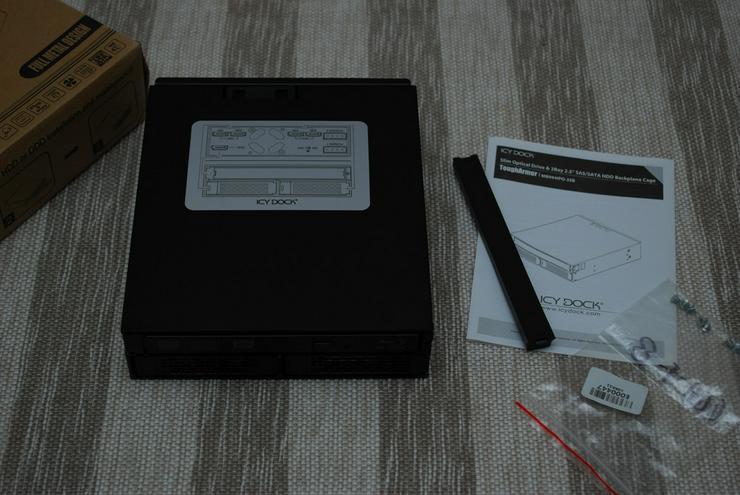 Blu-ray LG SATA intern schwarz ICY DOCK 2x HDD OVP MB994IPO-3SB Neuwertig