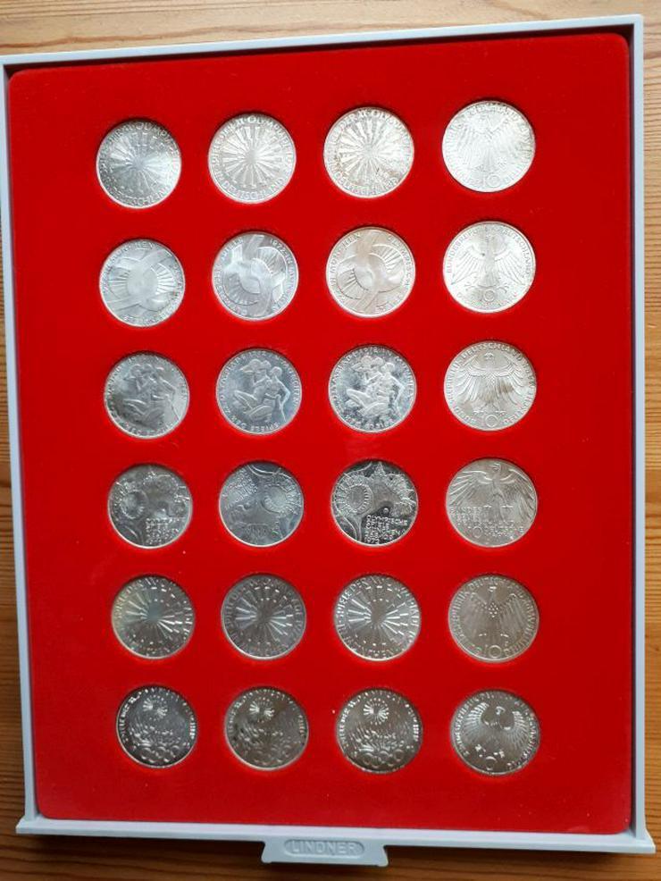 24 Olympiamünzen von 1972