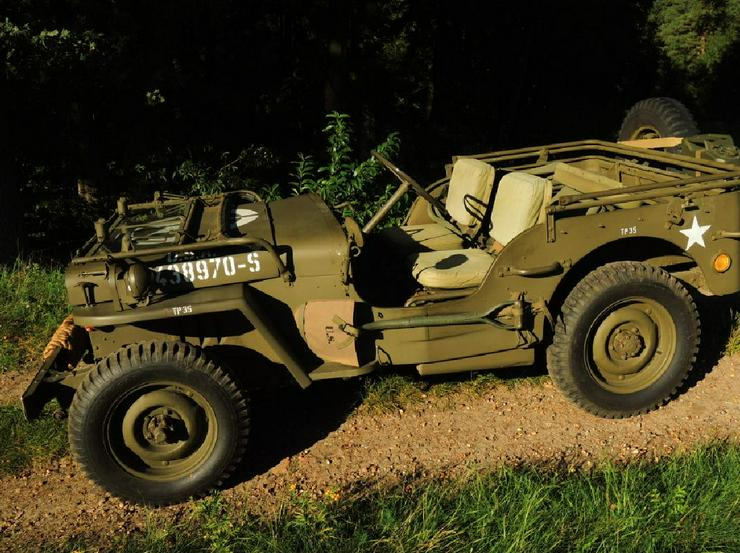 Jeep Willys Overland Militär - Oldtimer - Bild 1