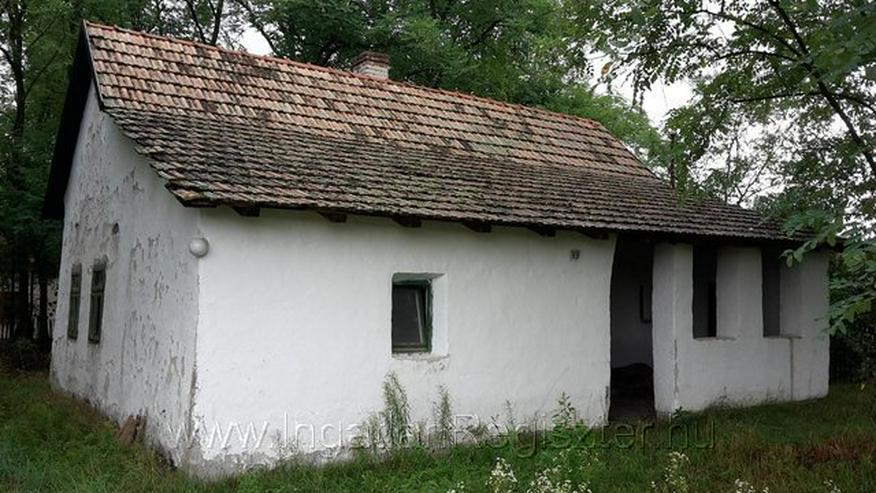 Bild 2: Bauernhof mit industriellen Strom und Bohrbrunnen
