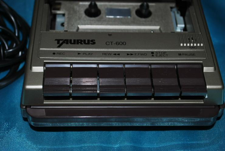 Bild 5: Kassettenrecorder Taurus CT600 Tragbarer Kassettenabspieler Eingebautes Mikrofon
