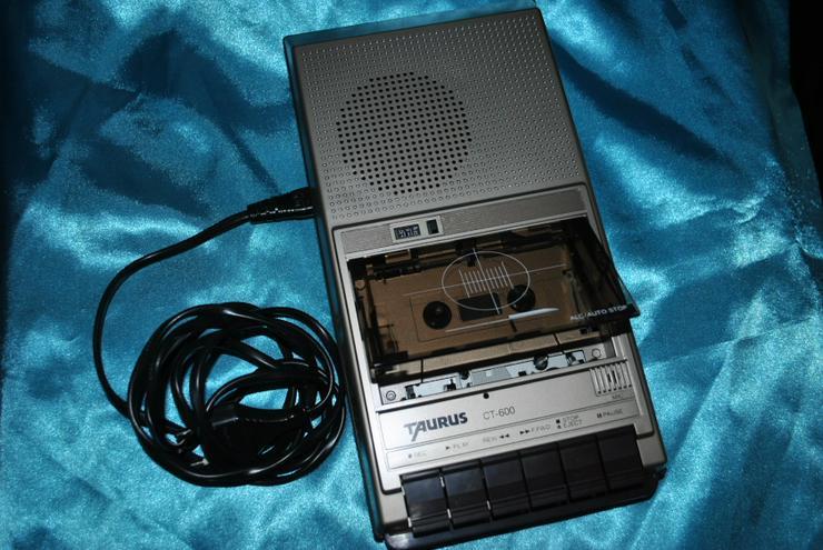 Bild 3: Kassettenrecorder Taurus CT600 Tragbarer Kassettenabspieler Eingebautes Mikrofon
