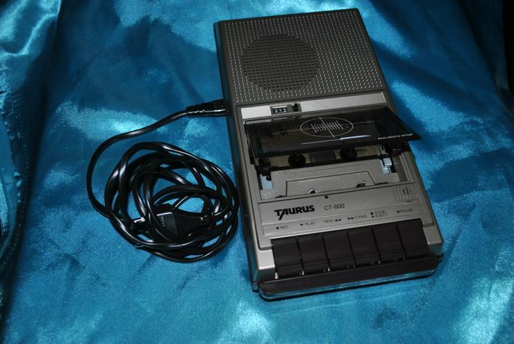 Bild 4: Kassettenrecorder Taurus CT600 Tragbarer Kassettenabspieler Eingebautes Mikrofon