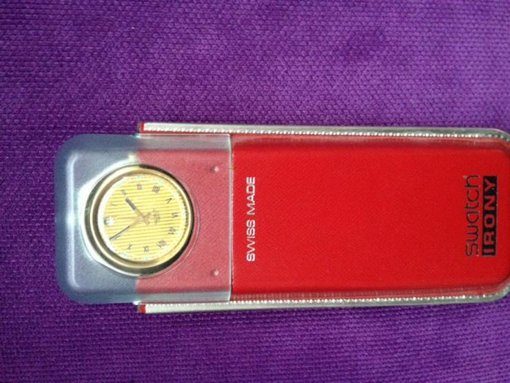 Swatch Irony Uhr mit rotem Lederarmband