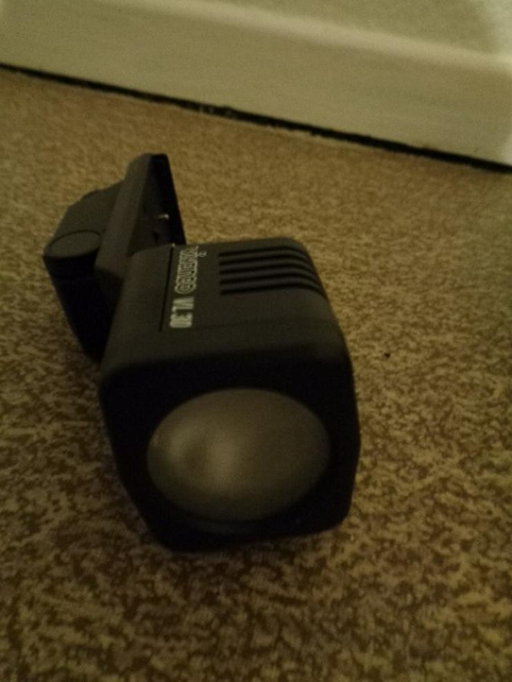 Bild 4: Super 8 Kamera - Rekorder CCD F450E Sony+Beschreibung+Koffer+u.a