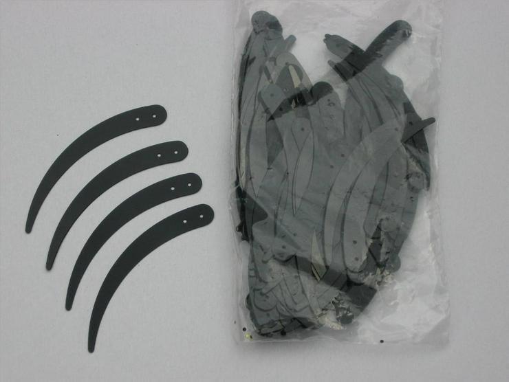 200 Sicheln schwarz 5 cm lang zum Annähen