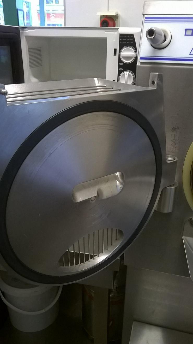 Bild 5: Eismaschine Carpigiani 28-42 Labotronic