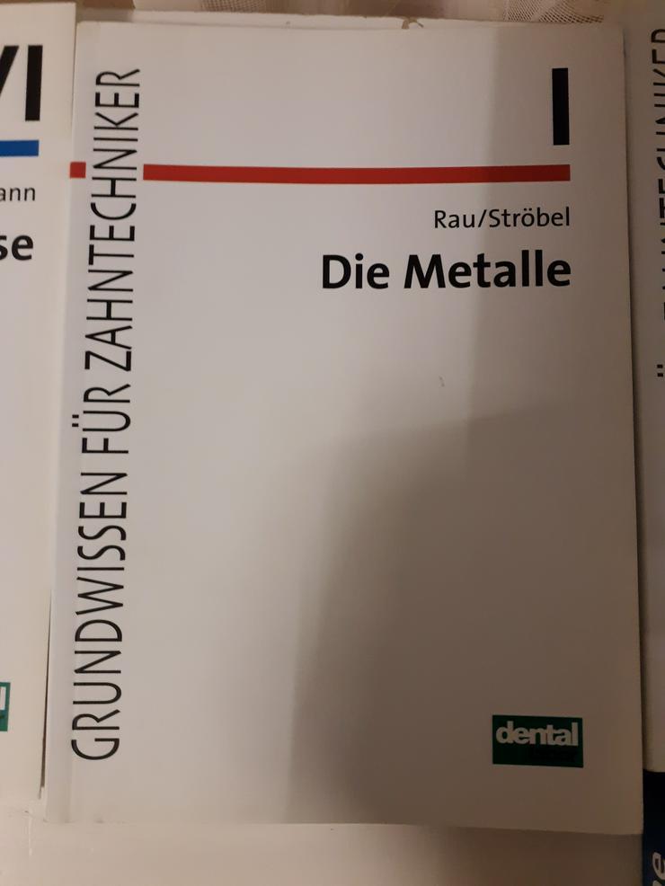"""Fachbuch für Zahntechniker """"Die Metalle"""" zu verkaufen"""