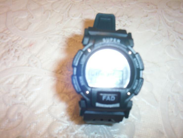 Bild 2: Watch Digitaluhr mit Wecker neu aus China