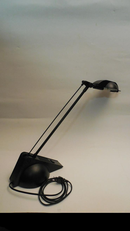 Halogen-Tischlampe