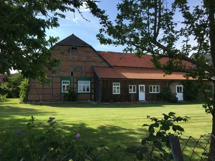 Bild 2: Historisches Querdielenhaus im Wendland (modernisiert und ursprungsbelassen)