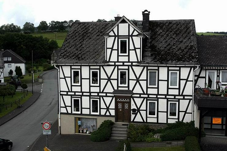 Bild 2: Bad-Berleburg: Privat & Gewerbe unter einem Dach - zu verkaufen oder zu vermieten!