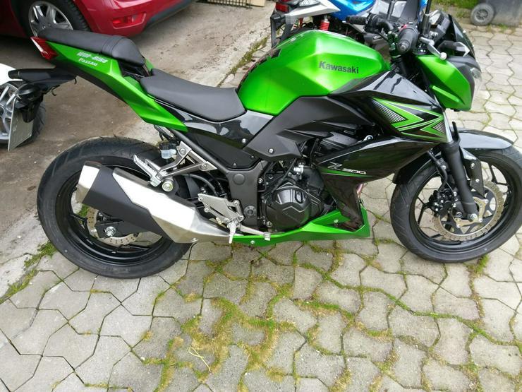 Kawasaki Z300 - Kawasaki - Bild 1