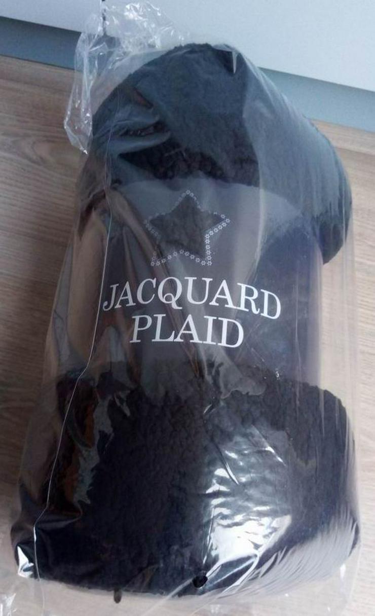 Plaid (Norlander-Jacquard) / neu