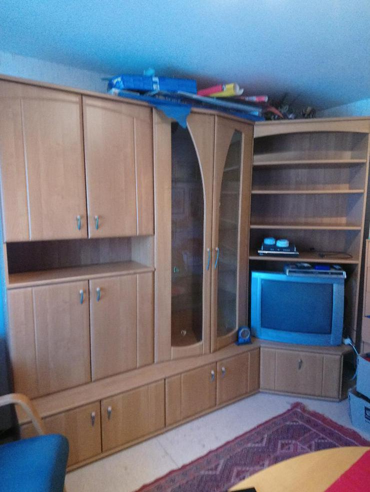 Wohnzimmerschrank/Wand in gutem Zustand zu verschenken
