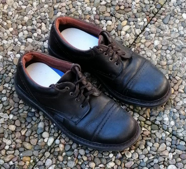 1 Paar AM Schuhe