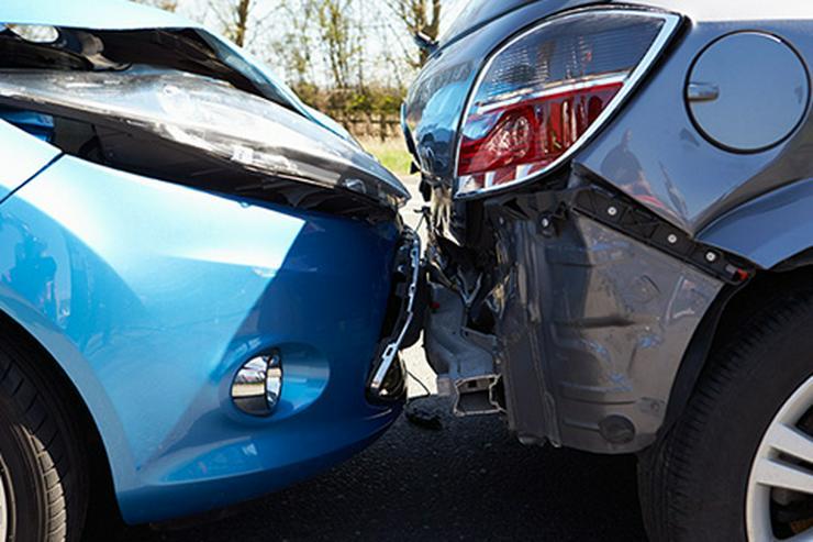KFZ Unfallgutachten - Sorgenlos im Falle eines Crashs