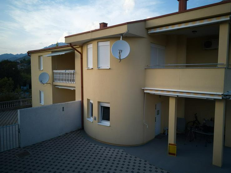 Bild 2: 2 Wohnungen, 1 Doppelhaushälfte in Starigrad-Paklenica Kroatien