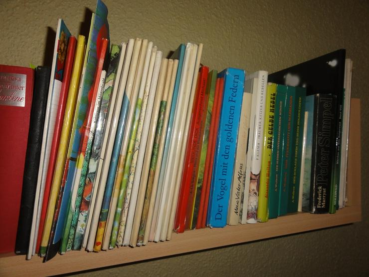 Bild 2: Kinderbücher