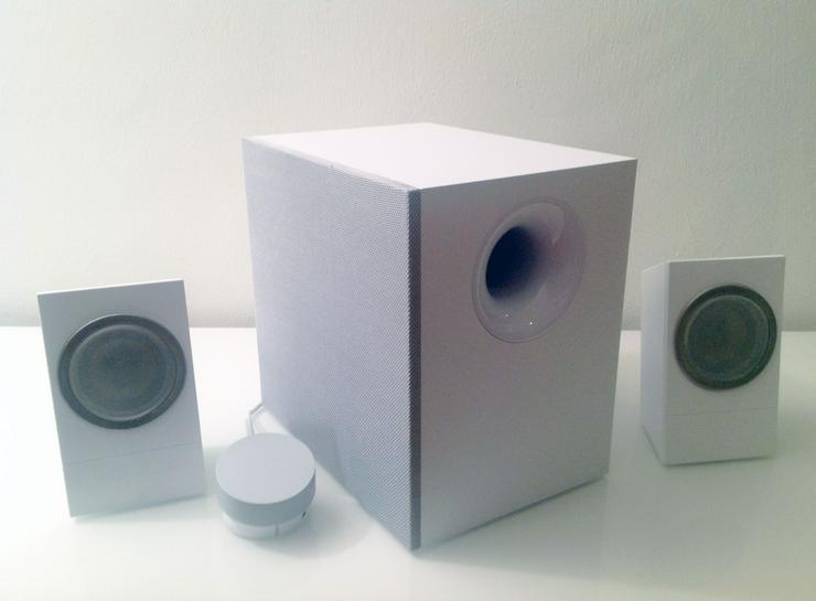 Lautsprecheranlage Logitech Z533 2.1 120W in WEISS für PC, Mac,TV etc. mit Garantie