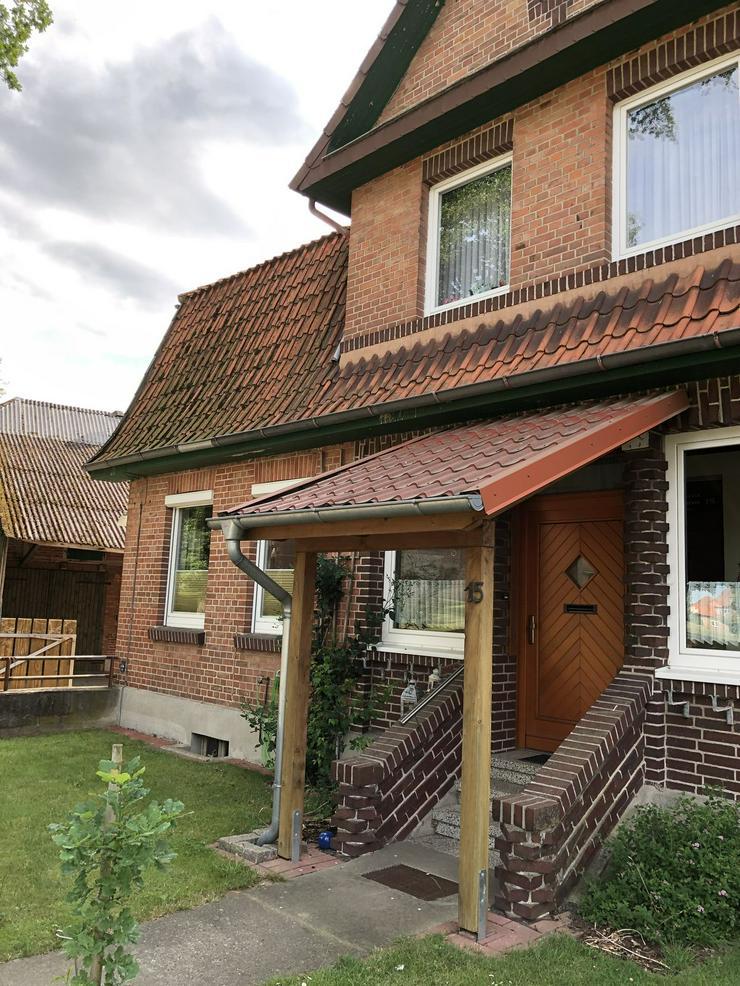 Bild 3: Modernisierte und gepflegte Hofanlage in der Nähe von Ebstorf (Lüneburger Heide)