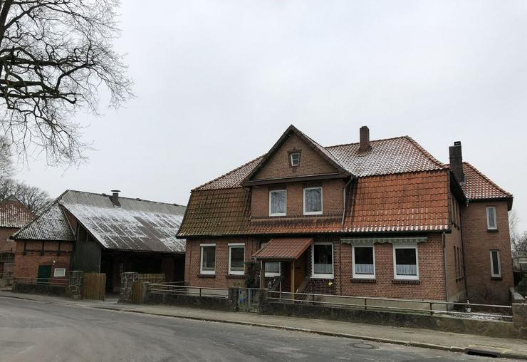 Modernisierte und gepflegte Hofanlage in der Nähe von Ebstorf (Lüneburger Heide)