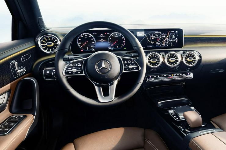 Bild 2: Mercedes A-Klasse Sedan neu