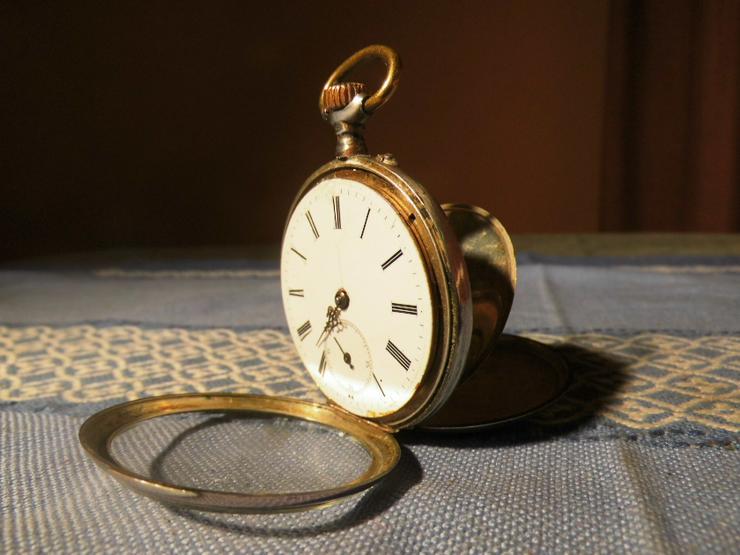 Schöne, antike Taschenuhr aus Silber von Halbmond und Stern um 1900 / Bastler