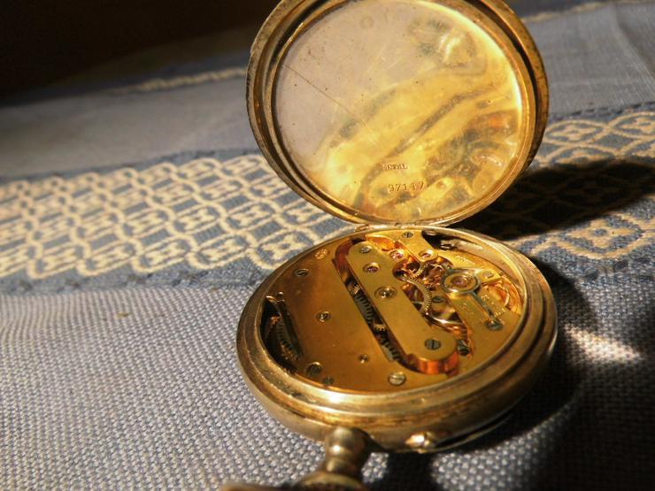 Bild 4: Schöne, antike Taschenuhr aus Silber von Halbmond und Stern um 1900 / Bastler
