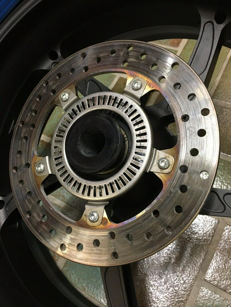 Bild 2: OZ Aluminium Schmiede Felgen Piega R S1000RR K10