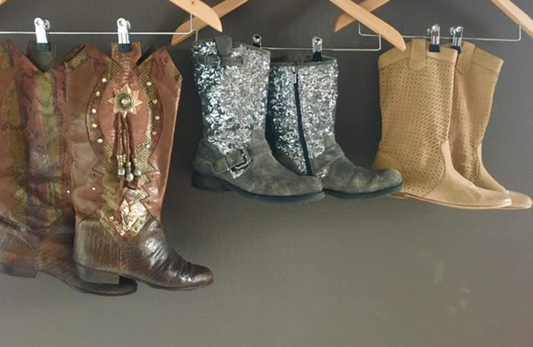 Echt Leder - 3 Paar je 10 Euro - Cowboystiefel,  REPLAY Boots mit Pailletten, Stiefeletten aus Veloursleder