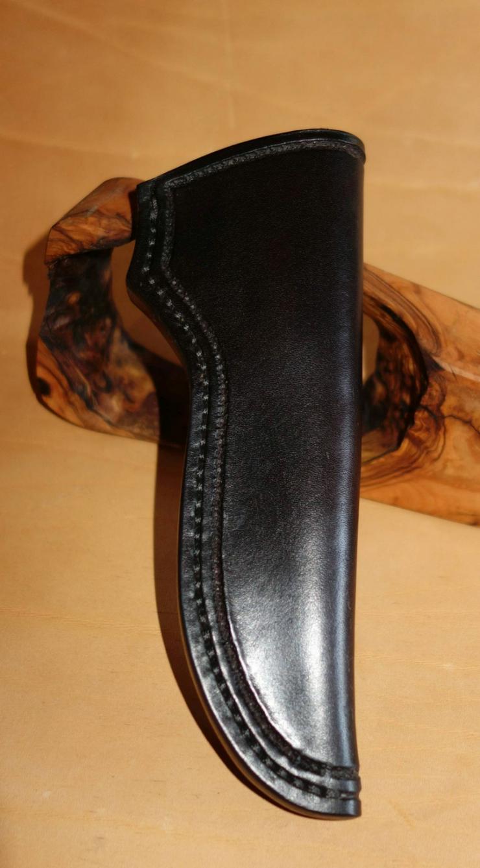 Handgefertigte Lederscheiden - Messerscheiden