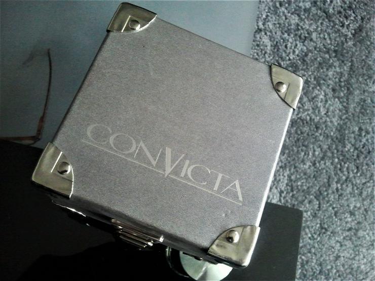 Bild 4: Convicta -Herrenchronograph plus Box Papiere