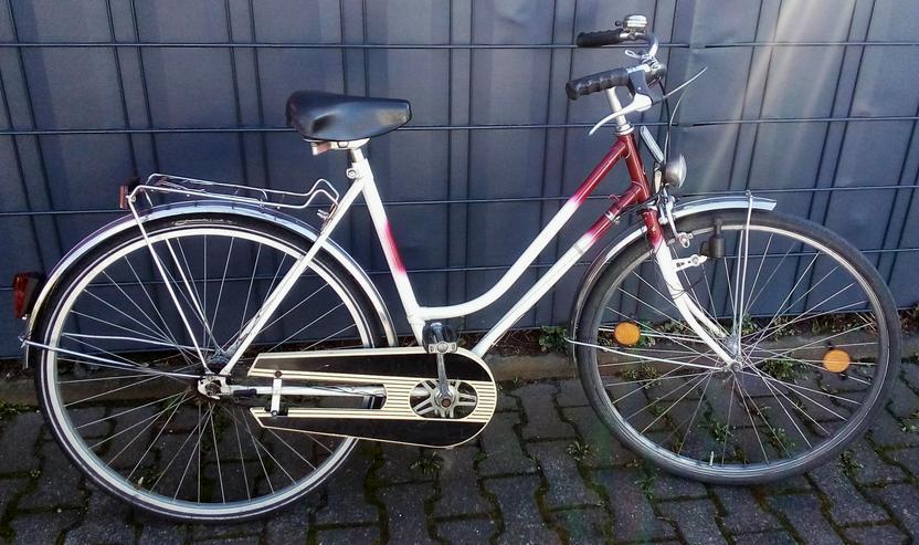 Damenrad 28 zoll Rahmenhöhe 52cm. 3 Gang-Nabenschaltung