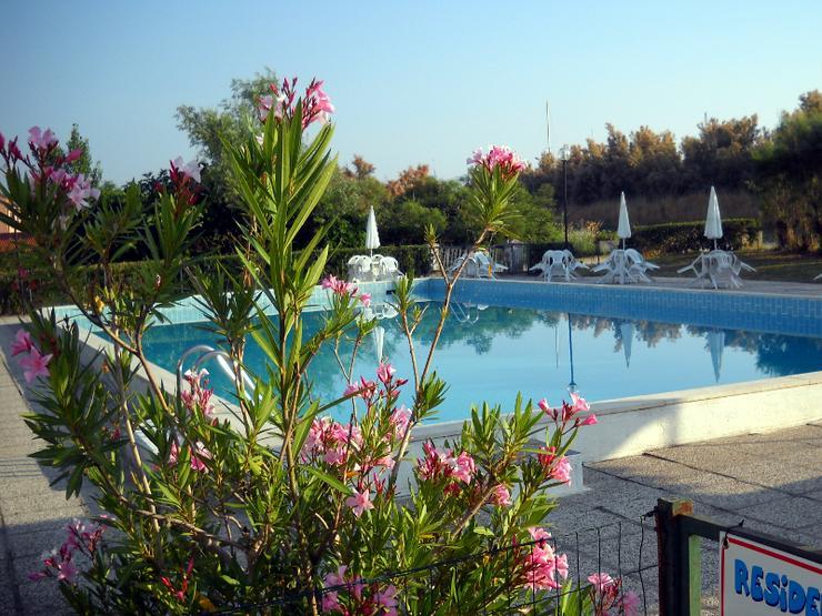 Adria, Italien, Mini-Wohnung in einer Wohnanlage mit Pool