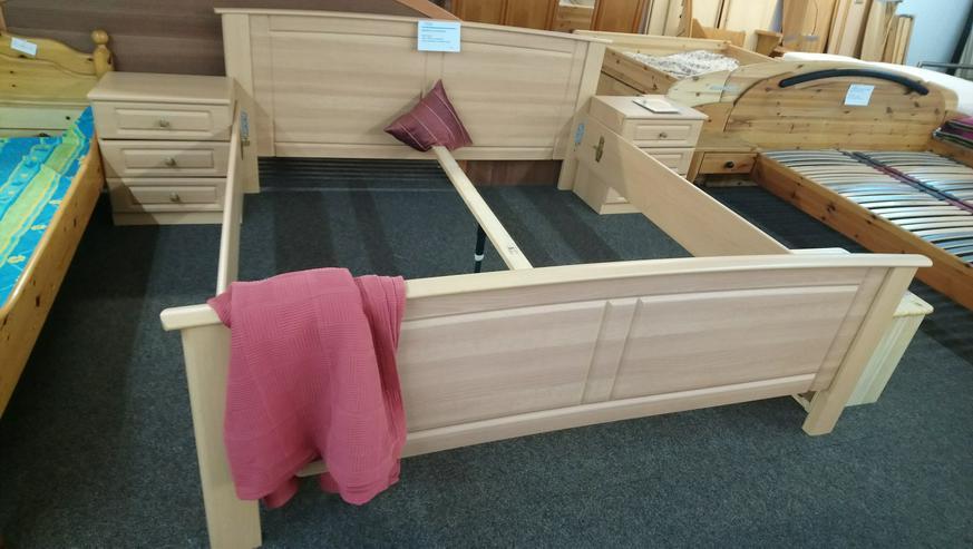 Bett Doppelbett Bettgestell mit Nachttischen - guter Zustand